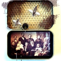 Make 15: Altoids tin art