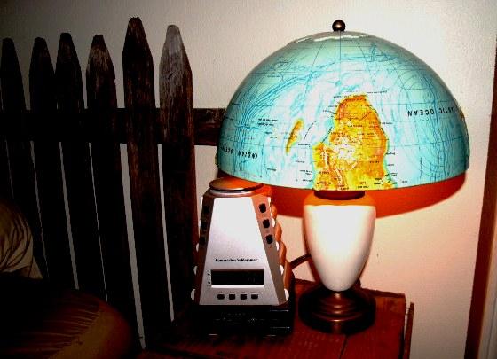 Globe lamp shade